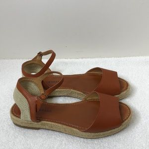 Lucky brand rust sandals size 9 leather upper EUC
